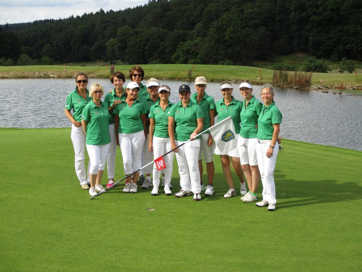 Hotel Hofgut Georgenthal Golf Restaurant Spa Auszeit Taunus Wiesbaden Kurzurlaub Damenmannschaft