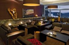 Hotel_Restaurants_Kaminlounge_Dreierreihe_Mitte