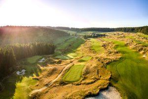 Der ausgezeichnete, 5700 Meter lange Golfplatz des Hotels Hofgut Georgenthal in Hohenstein